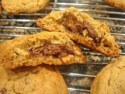 Nutella-Stuffed Peanut Butter Cookies